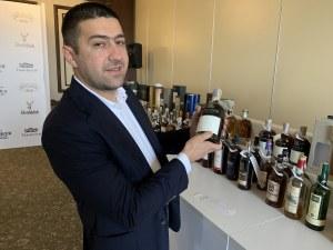 Бутилка уиски за 10 бона отвориха в Пловдив ВИДЕО