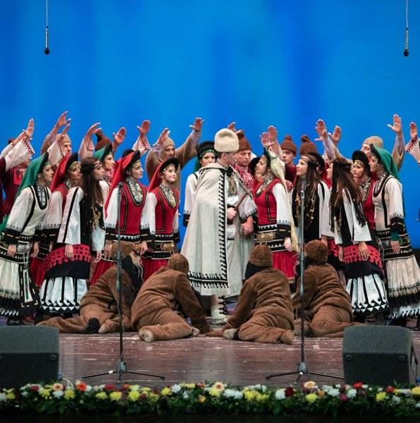 Известен пловдивски ансамбъл готви легендарен спектакъл