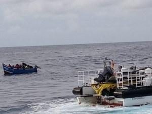 Десет мигранти изчезнаха след потъване на лодка край Турция