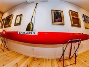 Кану и гребла в пловдивска галерия! Благодетели и колекционери подадоха ръка на спорта СНИМКИ