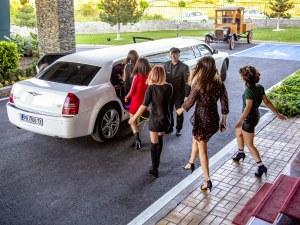 Луксозна лимузина обикаля Пловдив и предлага невероятни изживявания СНИМКИ