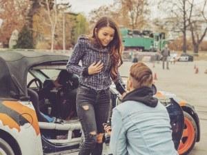 Един от най-желаните млади българи се сгоди СНИМКИ