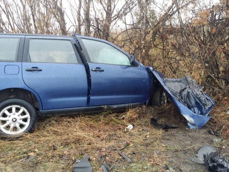 Челен сблъсък край Пловдив! 32-годишен шофьор почина в линейката