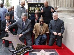 Снуп Дог се сдоби със звезда на Алеята на славата