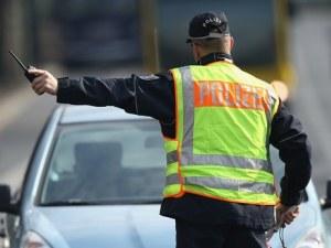 Карък! 18-годишен взе шофьорска книжка, а 49 минути след това му я взеха