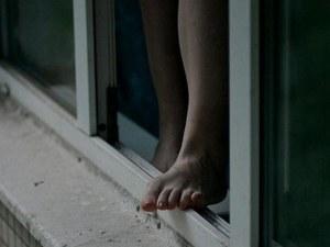 Жена се хвърли от 5-тия етаж, заради неплатени наеми
