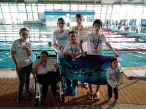 Дух! Специални деца от Пловдив спечелиха медали по плуване СНИМКИ+ВИДЕО