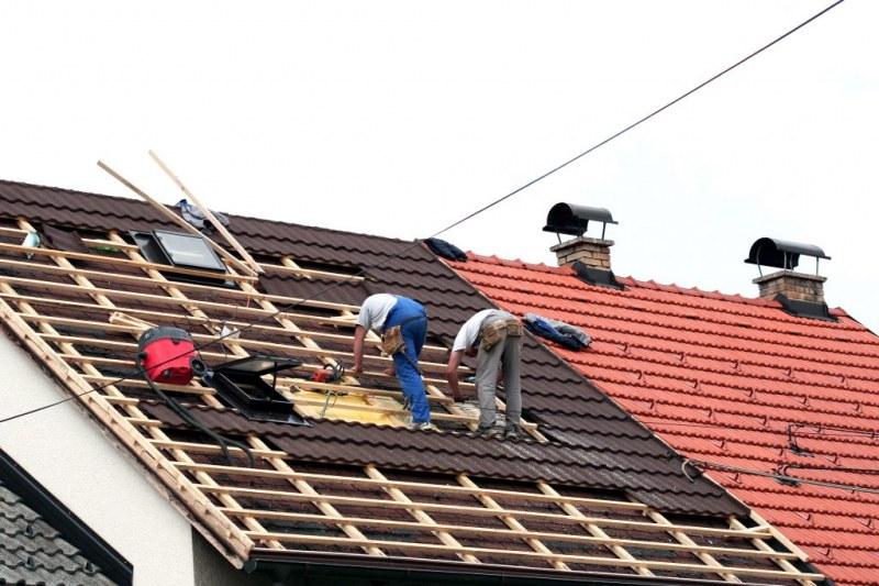 """Арестуваха групировка """"майстори"""" от Пловдив и региона, изнудвали по схемата за ремонт"""