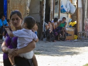 Българско ромче се нахвърлило върху италиански свещеник с нож