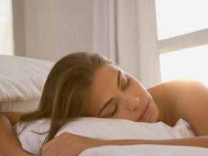 Кардиолози алармират за сериозни вреди, които нанася дългото спане