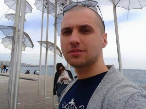 Пиян пожарникар опита да удуши студент в дискотека във Враца