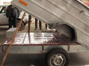 Хванаха грък с 98 000 контрабандни цигари на границата