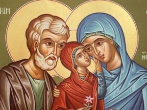 Да бъдат закриляни семействата и майките! Почитаме Света Анна