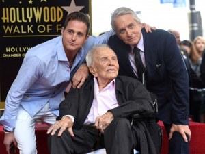 Легендарен актьор стана на 102 години!