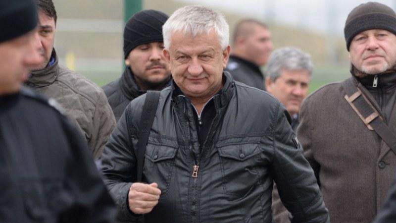 """Крушарски за смяна на Акрапович: """"Магурата"""" затвори, стига с тези чейнджове!"""