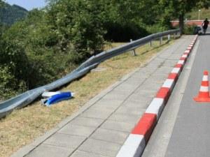3 месеца след трагедията: Мантинелата на фаталния път край Своге не е възстановена