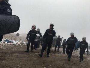 Жандармерия и полиция блокираха старозагорско село