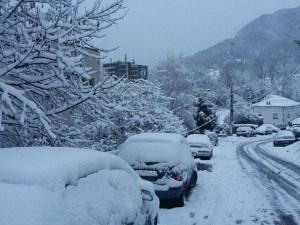 6 сантиметра сняг на Пампорово, проходите са проходими
