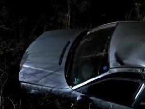 Пиян шофьор се блъсна в дървета и се преобърна край Казанлък, оцеля