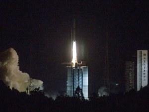 Китайската совалка Чанъе-4 успешно влезе в орбита около Луната
