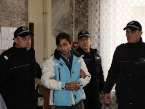18-годишният ром, изнасилил и убил баба Петранка, едва не взел и втора жертва