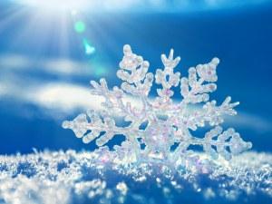 6 интересни факта за снега: Той не винаги е бял и не вали само на Земята