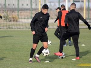 Ботев хвърля двама 16-годишни срещу ЦСКА утре