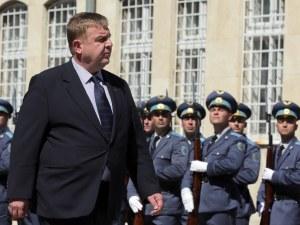Каракачанов: Не може да оставиш армията гладна, министерството не е в нарушение