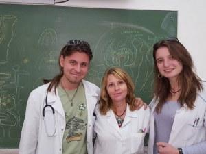 Млад лекар от Пловдив е пълен отличник в Медицинския, получава специално отличие