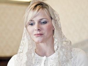 Кои са 7-те жени, които могат да носят бяло при папата? СНИМКИ