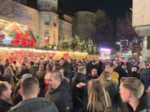 Пловдивчани на шопинг тур из най-красивите коледни базари в Европа СНИМКИ