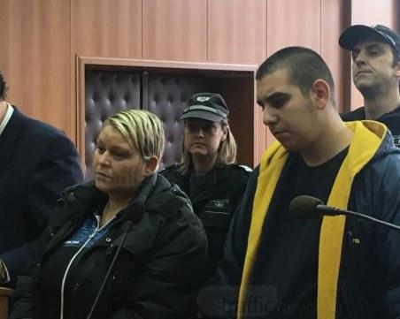 Жената, убила любовника си в Пловдив: Бях пияна! Синът ми е невинен СНИМКИ