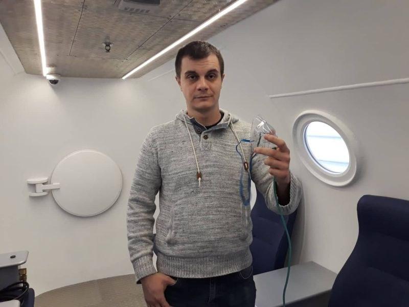 """Лечение с барокамера в УМБАЛ """"Св. Георги"""" помогна на млад мъж след тежка операция СНИМКИ"""
