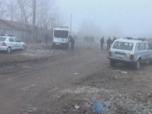 Пловдивско село излиза на протест! Роми пребиха военен, Специалните сили въдворяват ред ВИДЕО