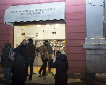 Изключителна изложба на Кольо Карамфилов събра пловдивчани на Главната