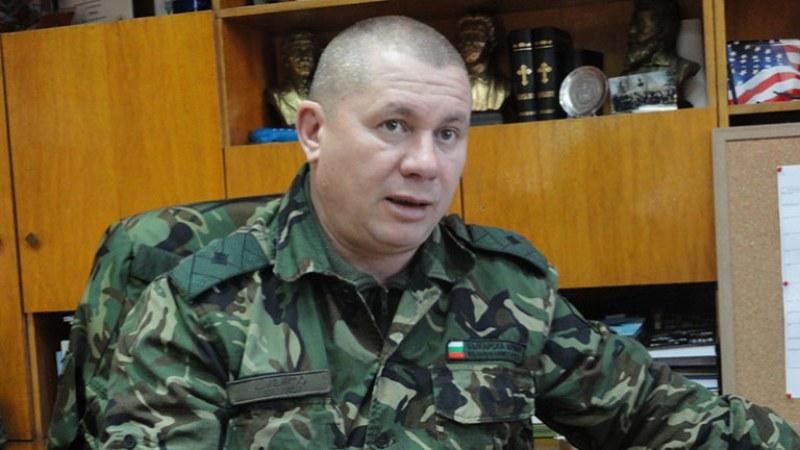Ген. Димитър Шивиков: Да кажем не на циганския произвол. С българските знамена и синята барета!