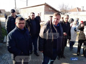 Обвиниха в дискриминация Каракачанов заради побоя във Войводиново