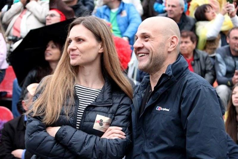 Съпругата на вицепремиера Дончев за Войводиново: Твърда ръка, за да не станем циганска държава