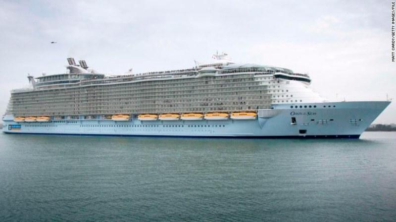 277 души се разболяха на луксозен круизен кораб
