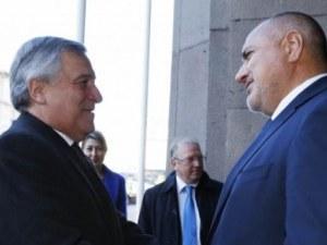 Борисов призова Таяни новите правила за превозвачите да се обсъждат след евровота