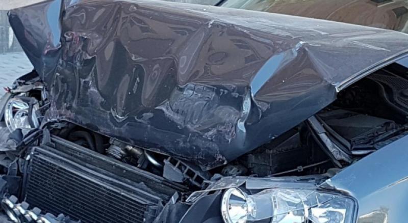 Кола с български номера е помела четири паркирани коли в Македония