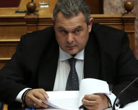 Оставки в гръцкото правителство след смяната на името на Македония