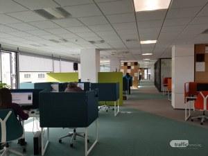 Френска банка отвори голям модерен офис в Пловдив! Открива 140 работни места СНИМКИ