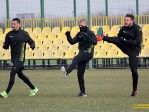 Ботев тренира без новите до края на седмицата