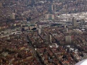 София расте: Прелестни жилищни кооперации vs. запустели казарми