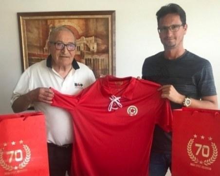 Новият силен човек в Левски бил фен на ЦСКА