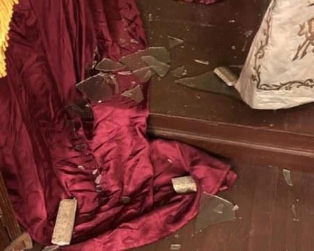 Вандал нападна синагогата в София, в Израел възмутени