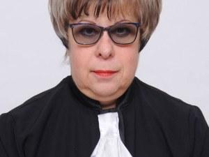 Програмата на адв. Тошкова: Повишаване на правната култура на гражданите и защита на правата на адвокатите