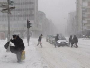 Две момиченца избягаха от детска градина в Сибир на минус 45 градуса