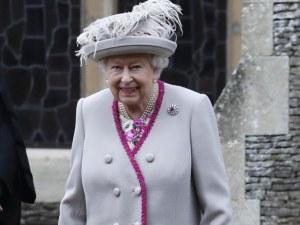 Елизабет II изпрати кодирано послание към политиците